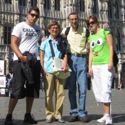 l mejor seo de España con su familia